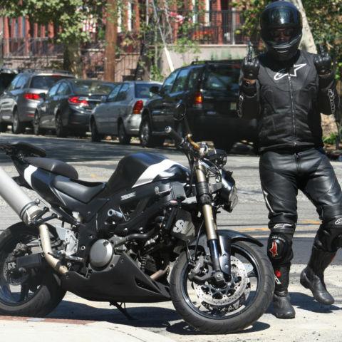 Motorrad-Zubeh/ör Steht Schrauben Swingarm Spools Schieber for Suzuki SV650 SV 650 SV650X 2016 2017 2018 2019 Zubeh/ör Color : Black