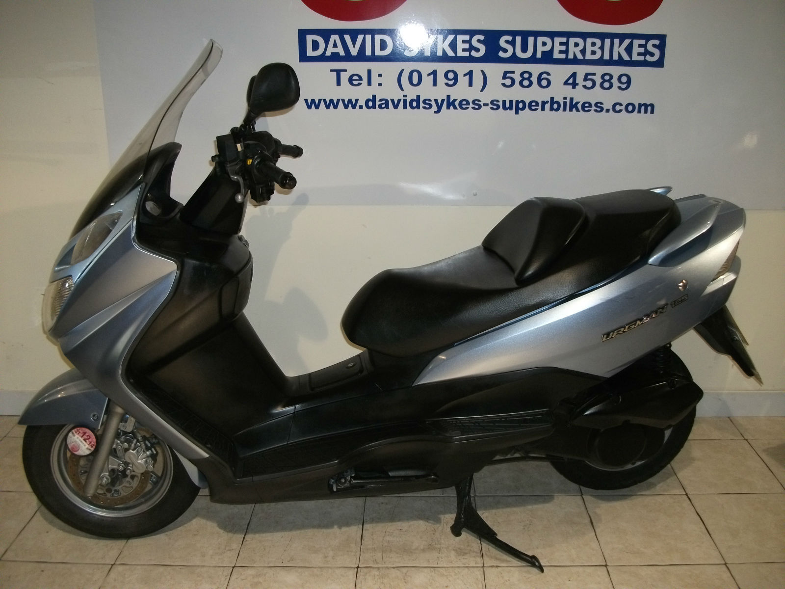 suzuki uh 125 k6 burgman 06 reg fitted with sports exhaust. Black Bedroom Furniture Sets. Home Design Ideas