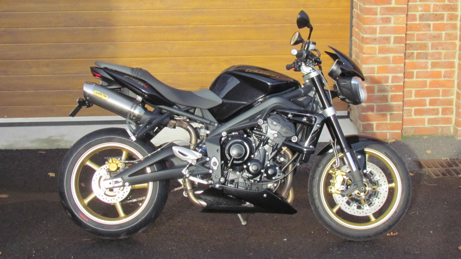 Triumph Street Triple R With 4900m In Blackgold