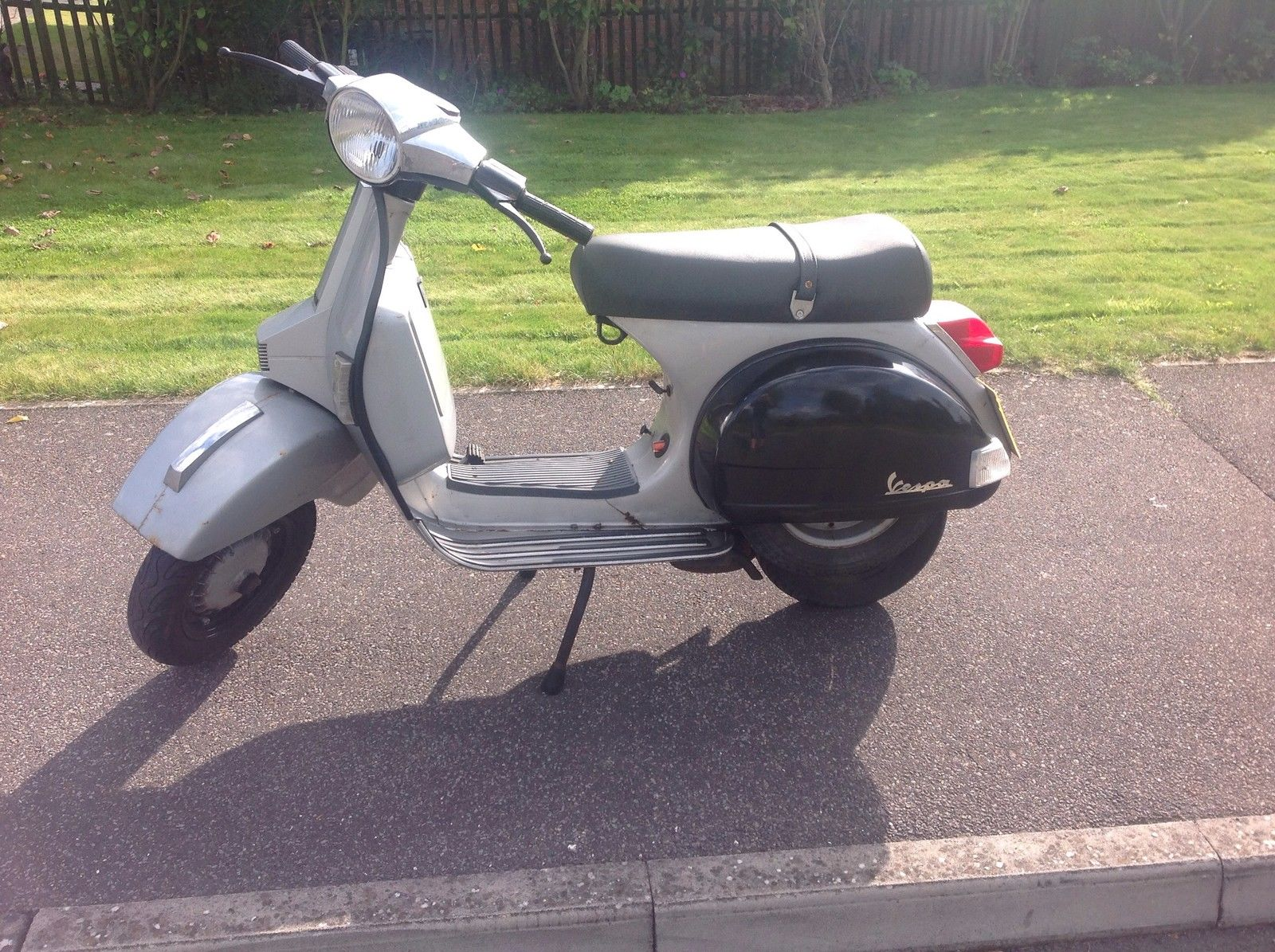 vespa px 200 scooter with 125 cc engine. Black Bedroom Furniture Sets. Home Design Ideas