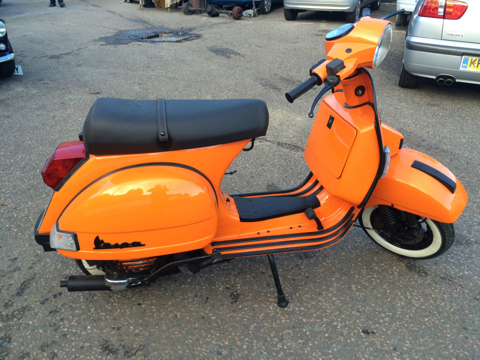 vespa px200 disc in st orange. Black Bedroom Furniture Sets. Home Design Ideas