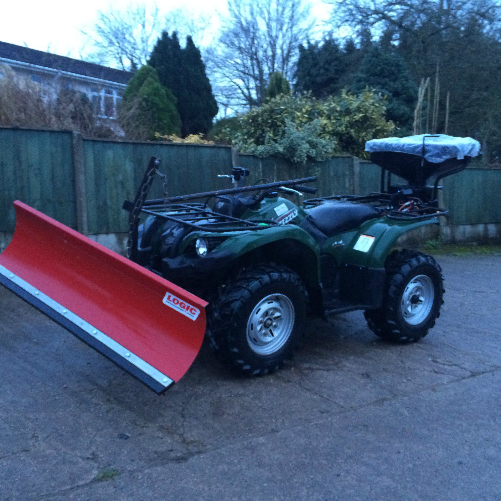 Yamaha 450 Grizzly Atv Quad Bike Complete With Snow Plough Salt