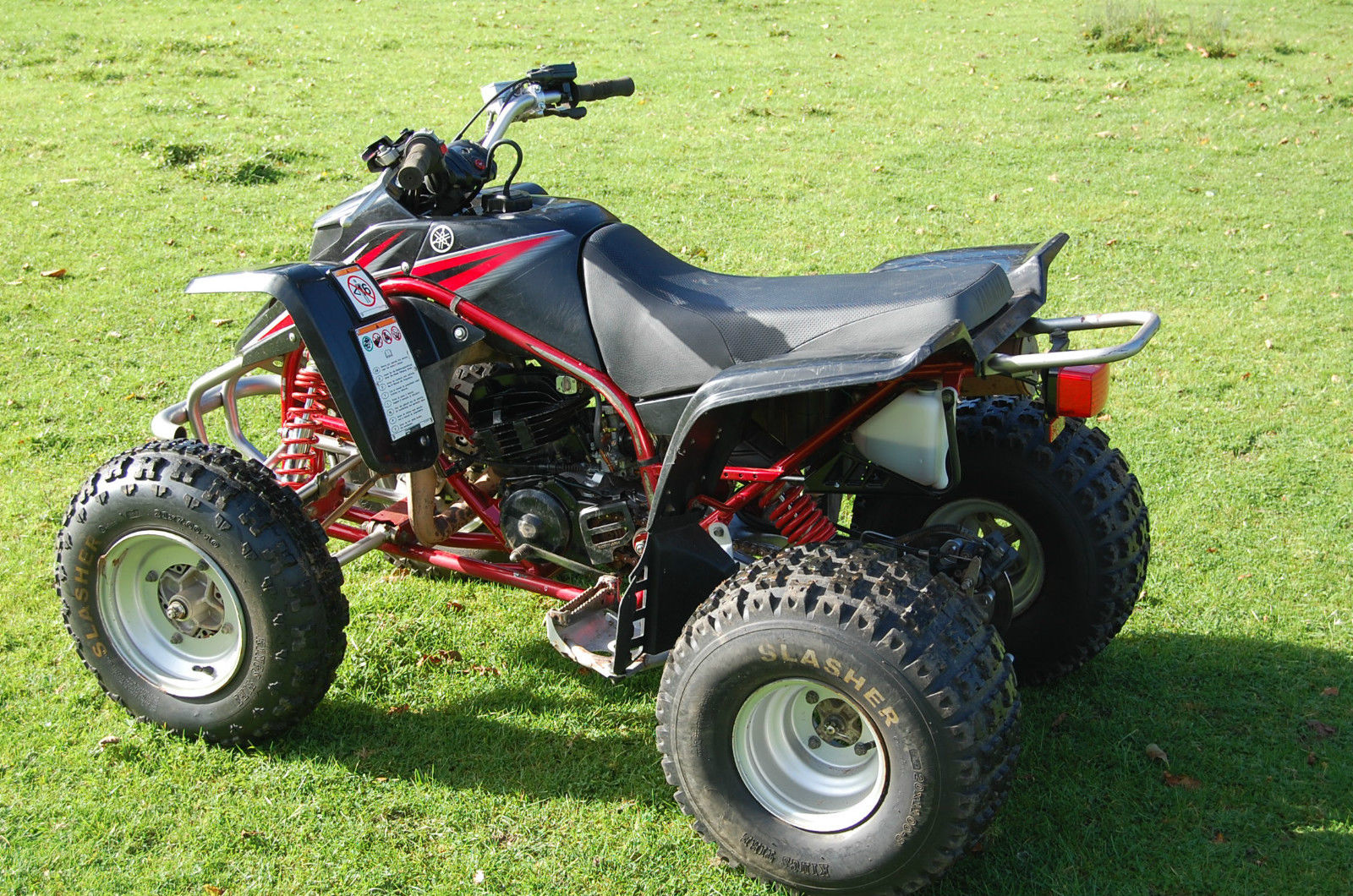 yamaha blaster 200cc 2 stroke quad bike. Black Bedroom Furniture Sets. Home Design Ideas