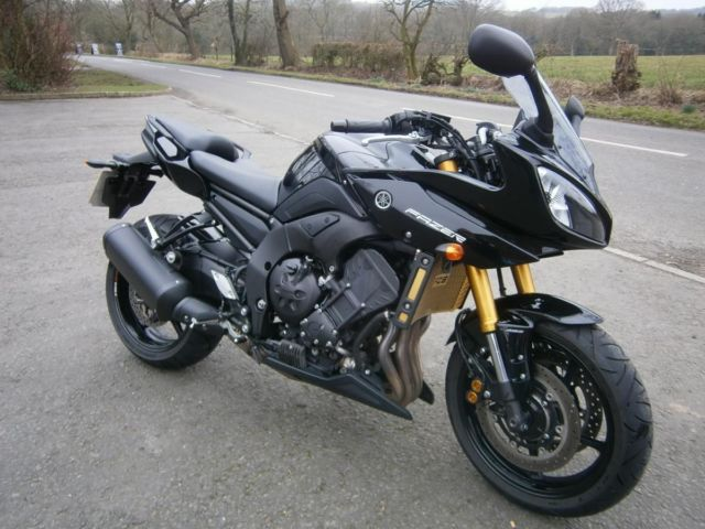 yamaha fazer 800 abs in black fsh just 3 587 miles datatool alarm. Black Bedroom Furniture Sets. Home Design Ideas