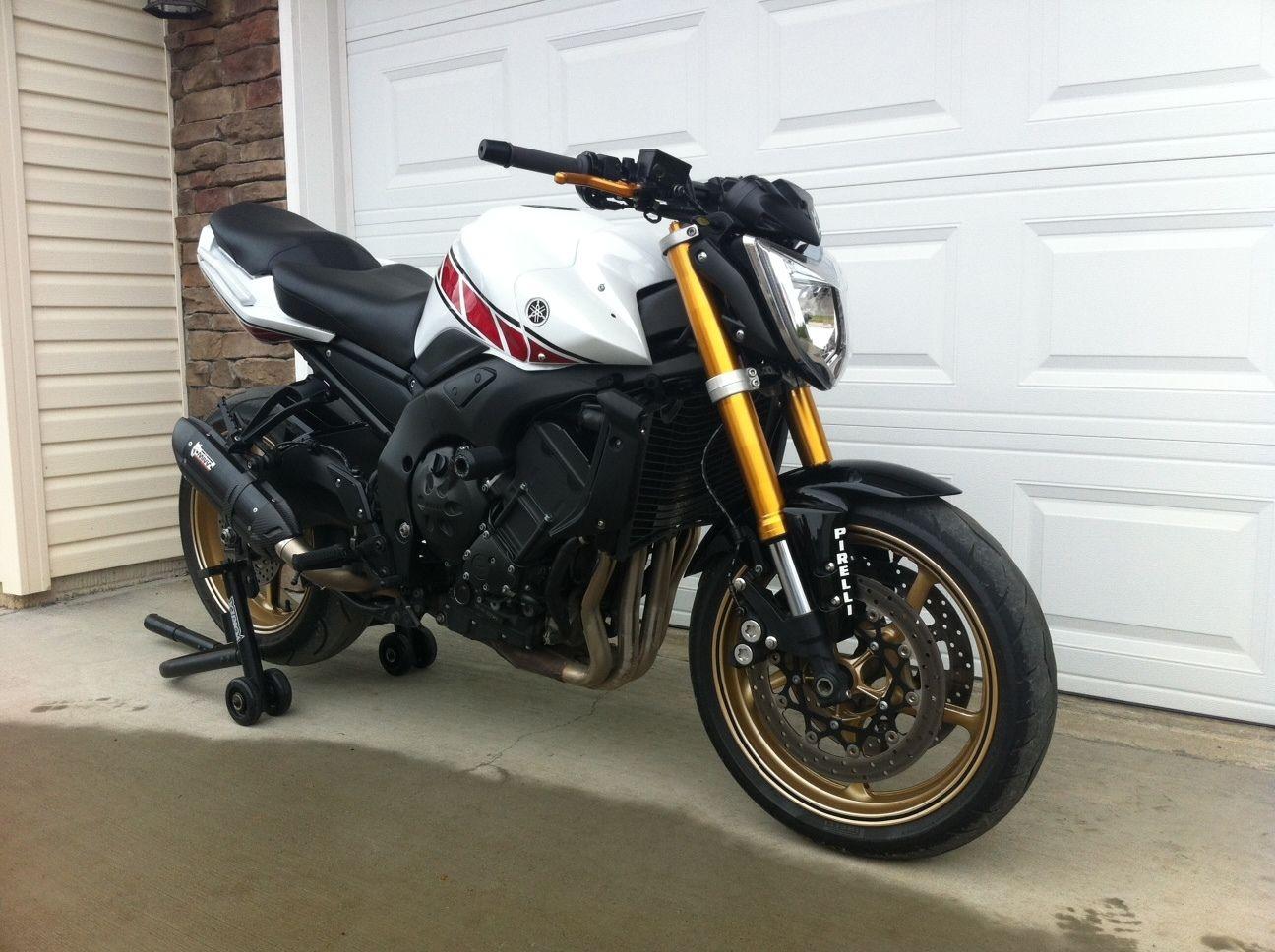 Yamaha FZ1N / FZ1 / Naked Fazer 1000 / Nationwide Delivery