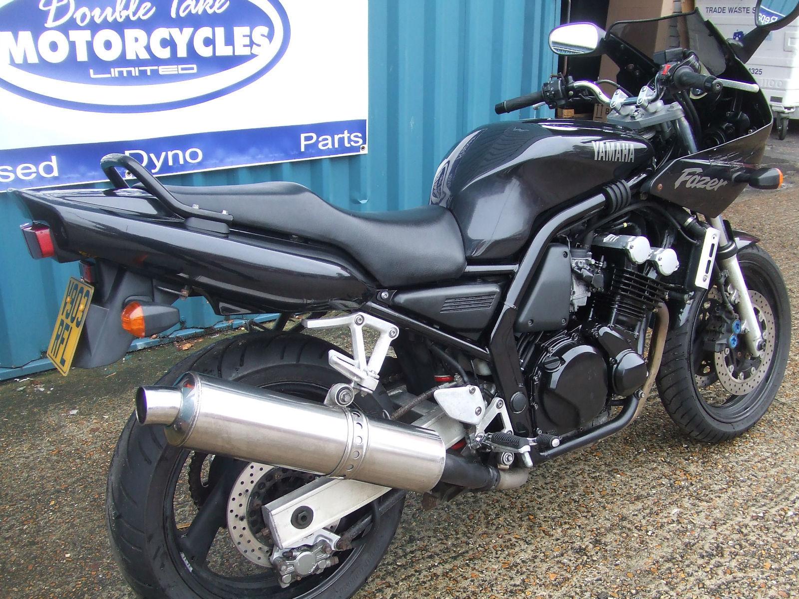 Мотоцикл yamaha fzs 600 fazer, 1999 года