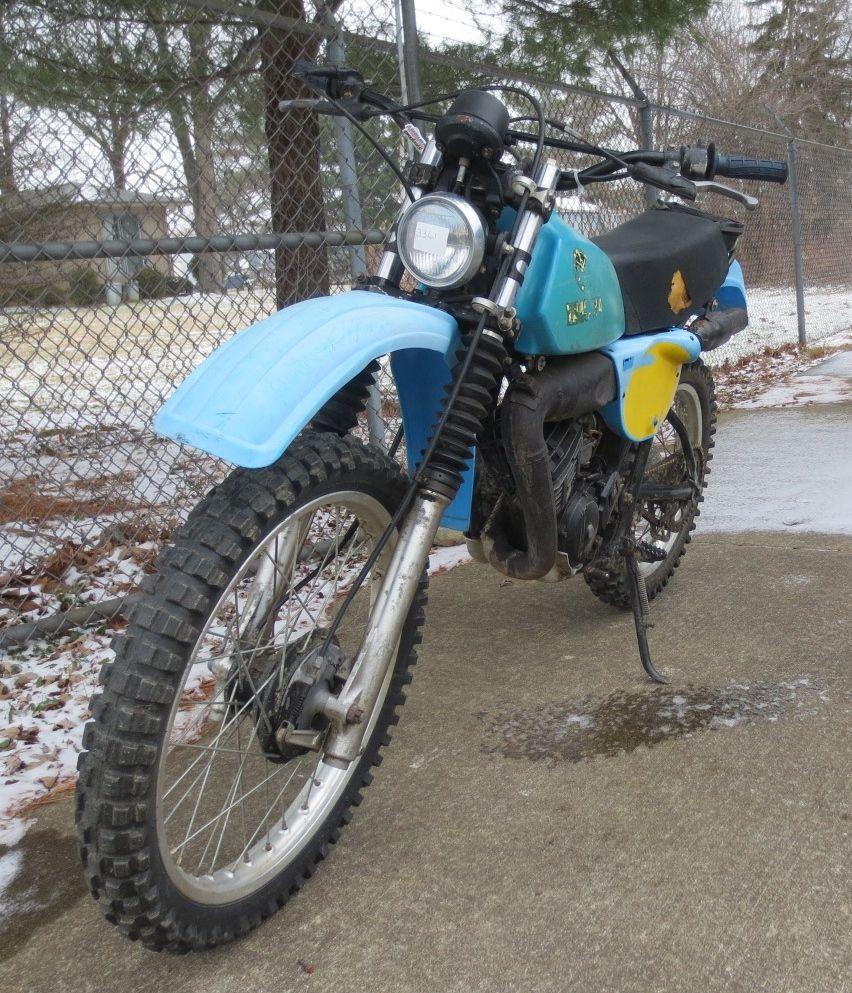 YAMAHA IT175 Dirt Bike Off Road