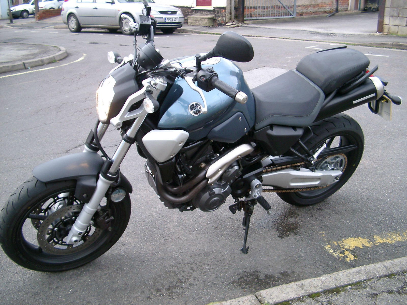 yamaha mt 03 mt03 only 6000 miles superb. Black Bedroom Furniture Sets. Home Design Ideas