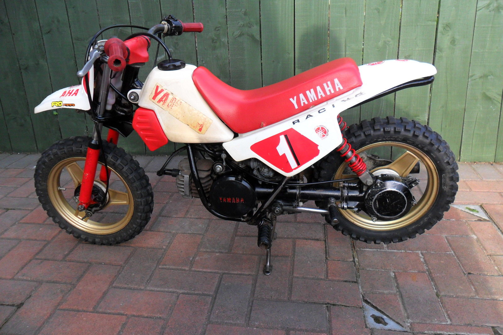 yamaha pw 50 childs motorbike original pw50 no cheap chinese copies. Black Bedroom Furniture Sets. Home Design Ideas
