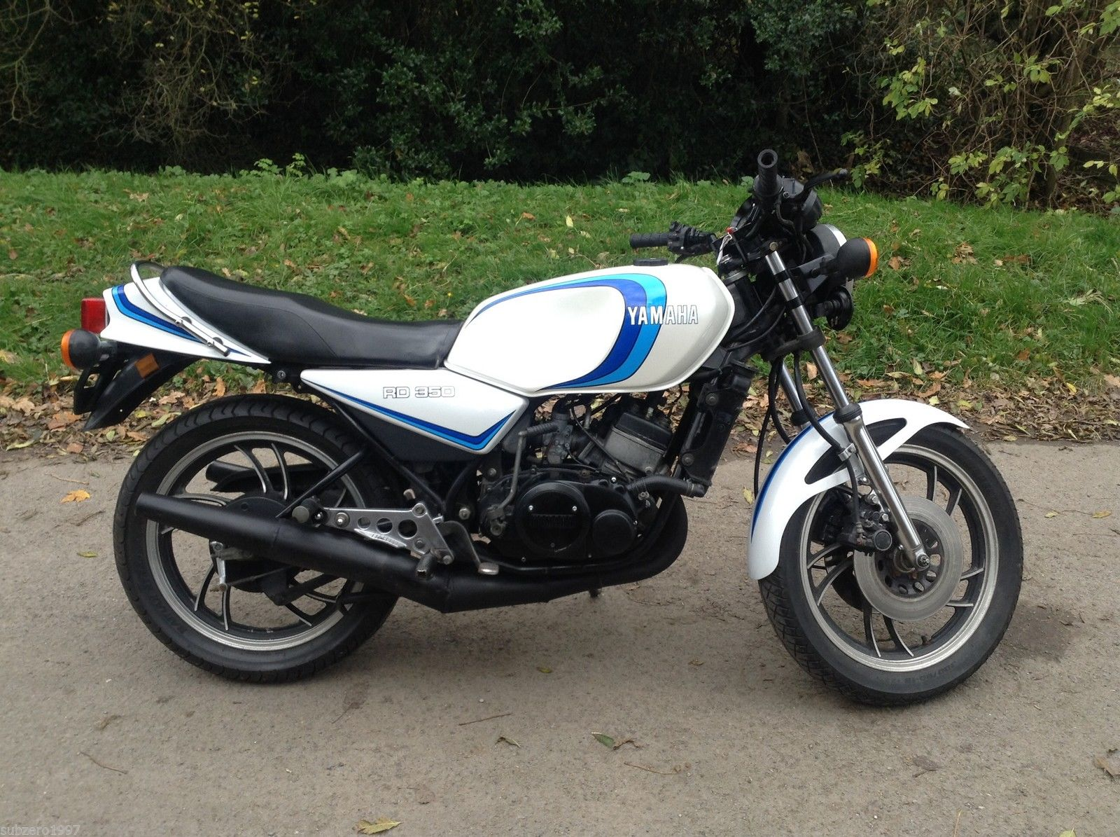 Mirror Left Hand for 1980 Yamaha RD 350 LC