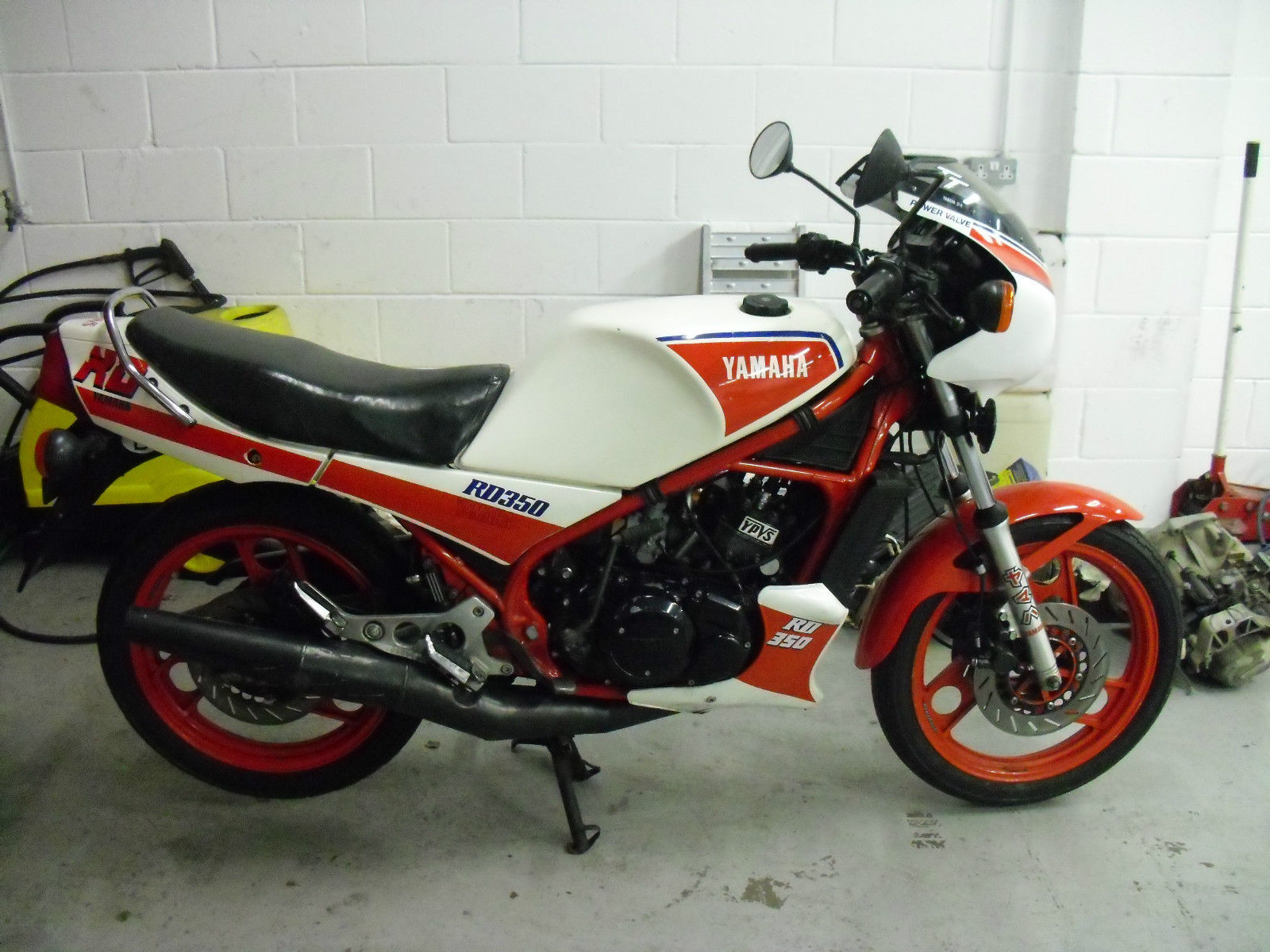 yamaha rd350 lc ypvs 31k 1983 mk1 ideal restoration. Black Bedroom Furniture Sets. Home Design Ideas