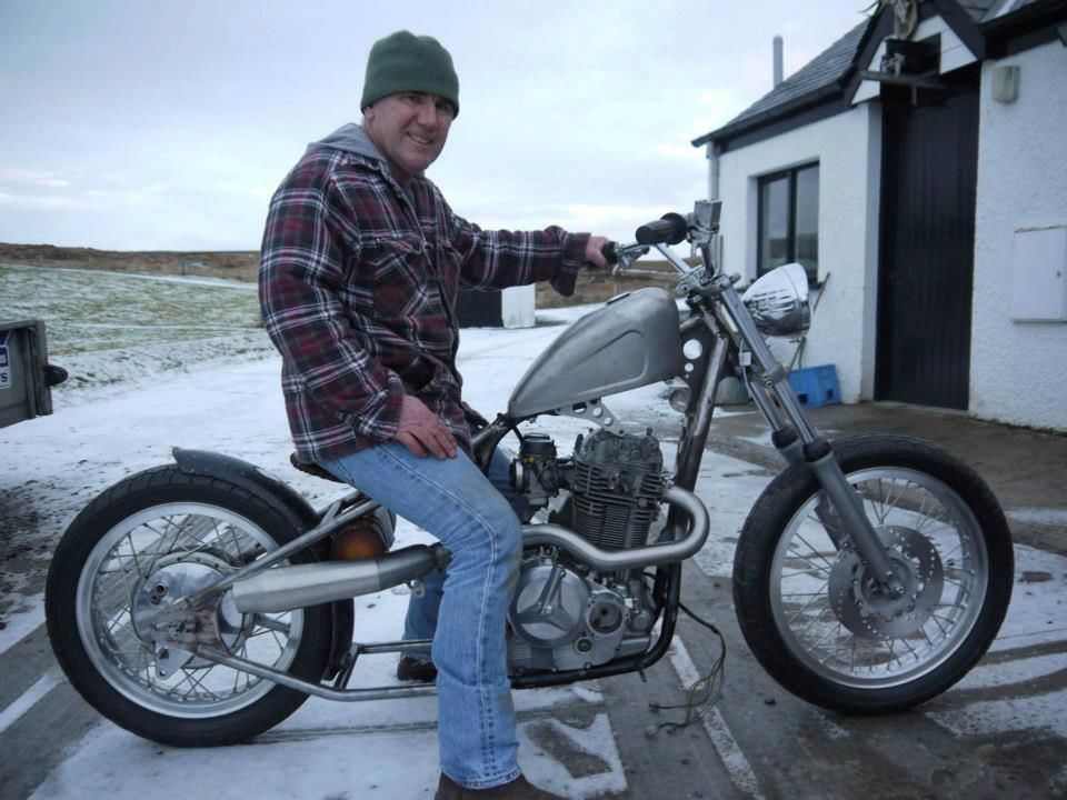 yamaha xs650 frame by chopperz with a dr800 engine bobber