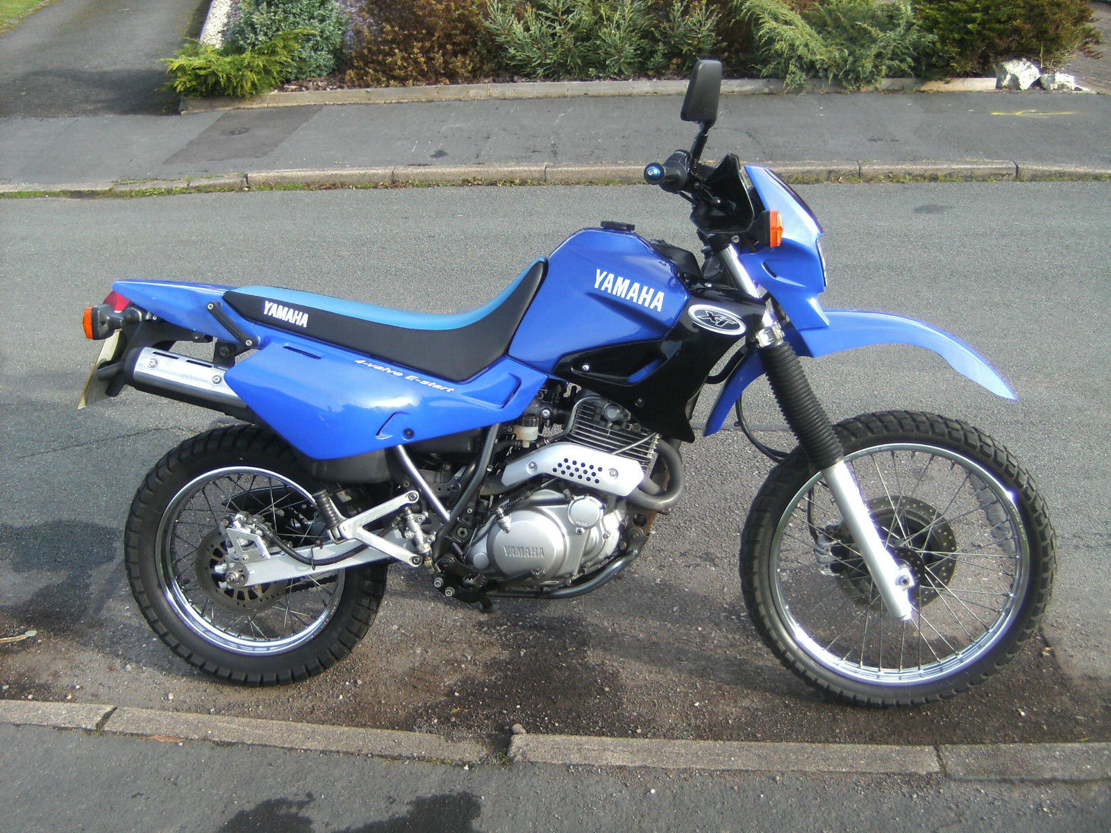 yamaha xt 600 mint condition 2002 priced to sell. Black Bedroom Furniture Sets. Home Design Ideas
