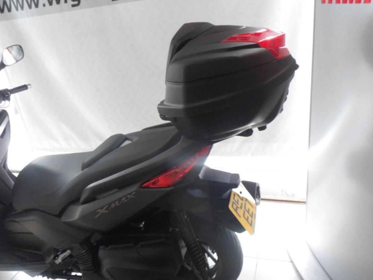 Yamaha yp400 xmax absolutely pristine bike with only 125 for Yamaha majesty 400 for sale near me