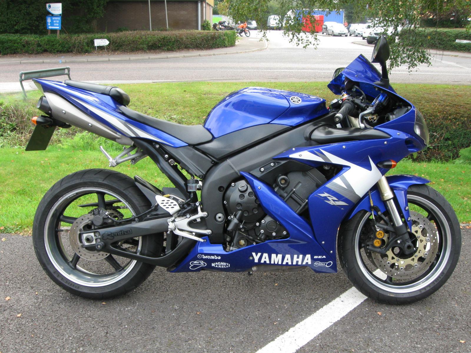 Yamaha Yzf R1 04 Blue Very Clean Braided Hoses Polished