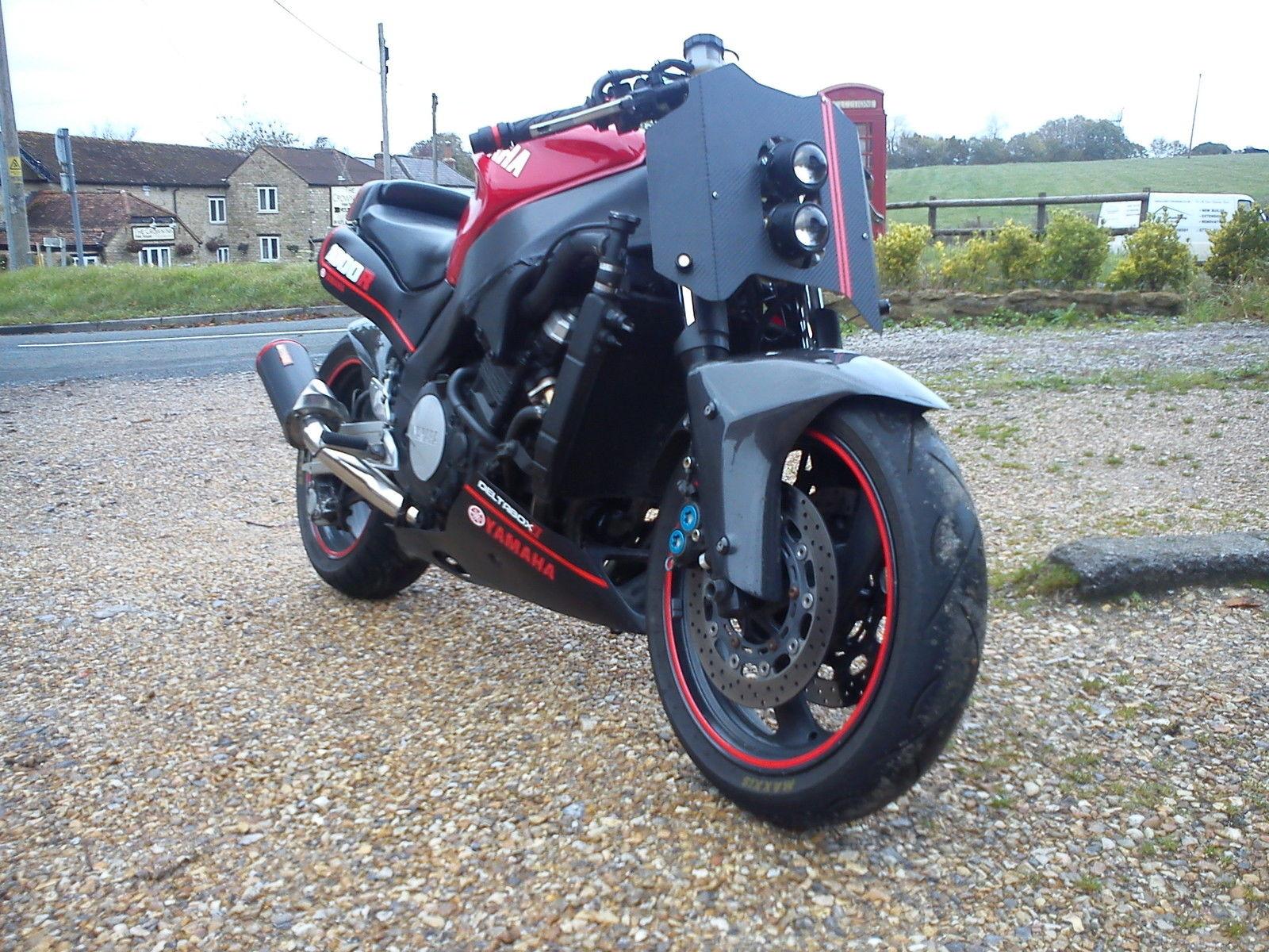 Yamaha Yzf 1000 R >> Yamaha Yzf1000r Thunderace Streetfighter Cafe Racer Wheelie Machine
